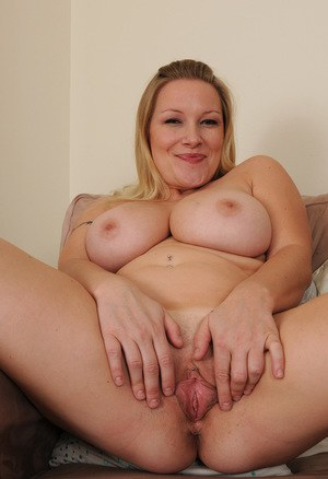 Cute and fat bbw bella bendz gets her pussy hammered 6