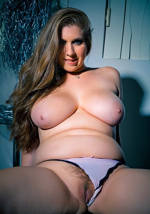 free pics naked chubby females open pussy tumbler