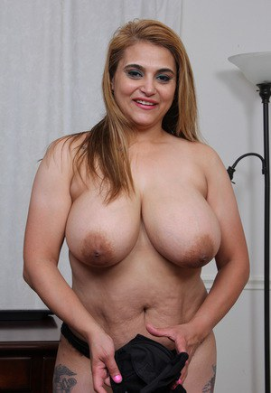 pics Fat girl nipples with big