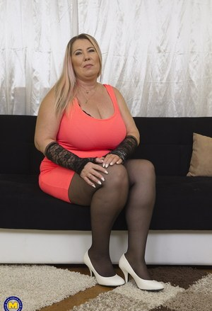 Hot mature bbw pantyhose gallery tgp you are the