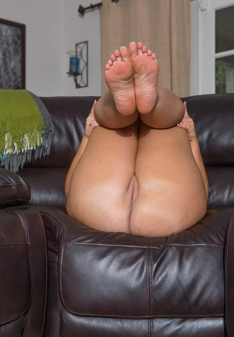 feet ugly porn picture